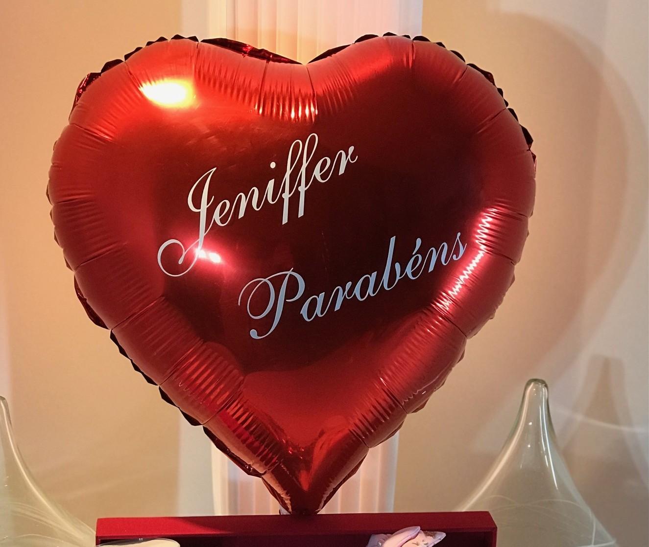 Balão formato coração grande vermelho